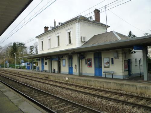 Gare de Saint Chéron